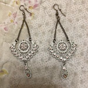 Jewelry - Beautiful boutique earrings